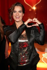katarina-witt-at-heart-for-children-2014-charity-gala-in-berlin_1